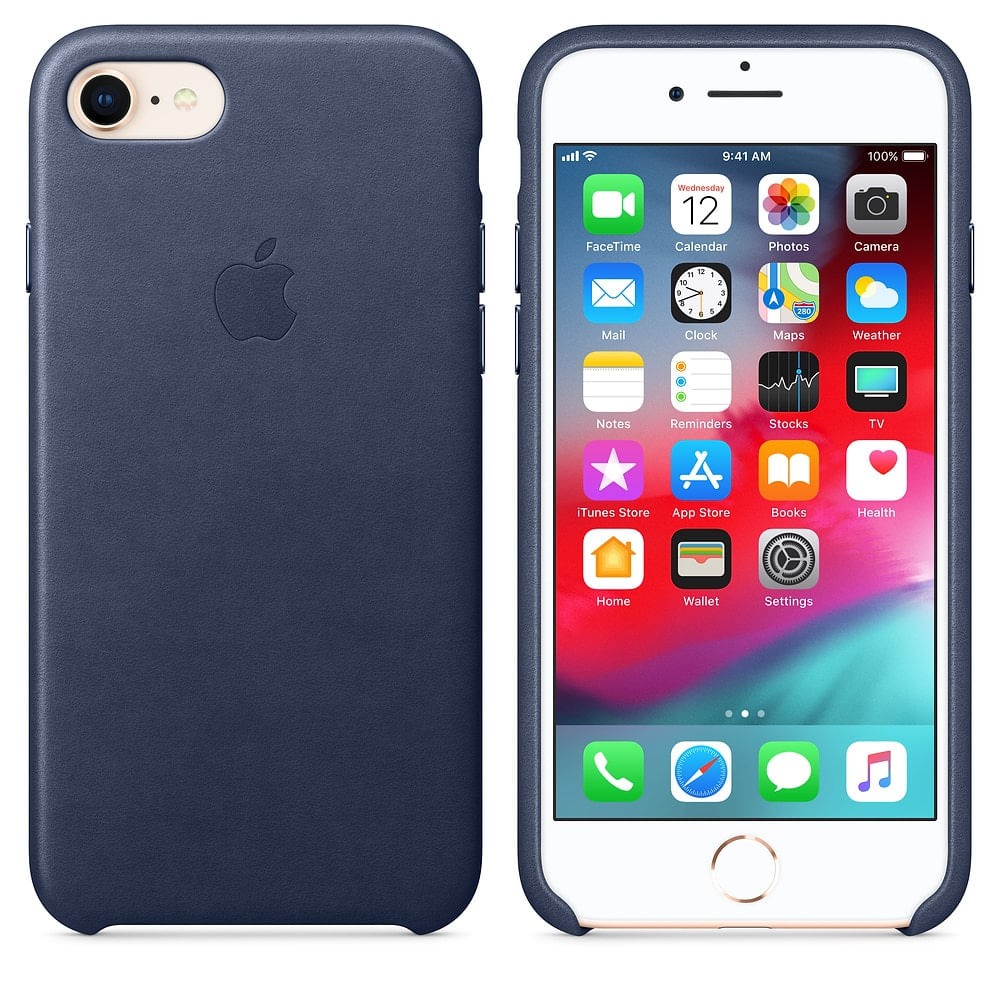 capa-de-couro-para-iphone-8-7-azul-meia-noite-apple-mqh82zm-a-34500-1-min